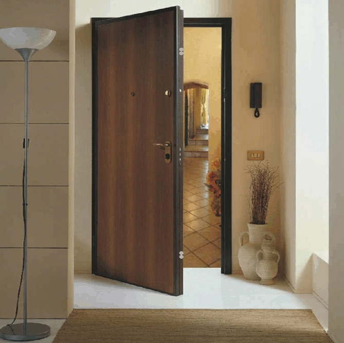 Πόρτα ασφαλείας θωρακισμένη