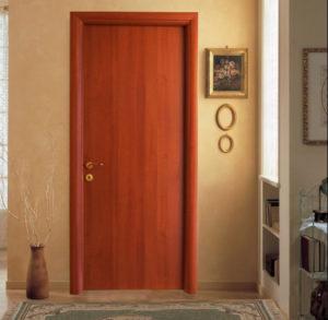 Πόρτα Εσωτερική με Κάθετα Νερά