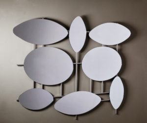 Ασύμμετρος Καθρέπτης τοίχου με οβάλ σχήματα