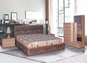 Σετ κρεβατοκάμαρας με ντυμένο κρεβάτι